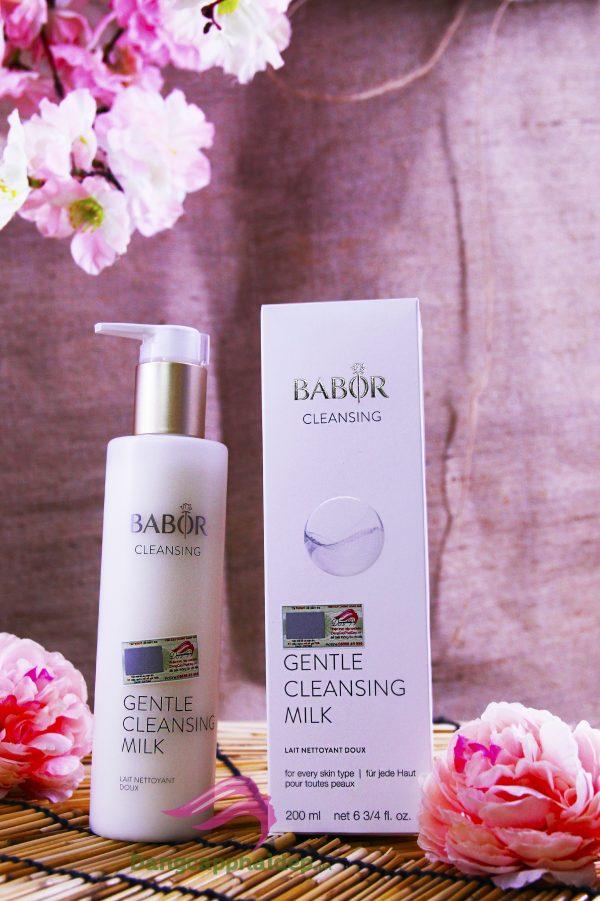 Sữa rửa mặt Babor Gentle Cleansing Milk giúp làm sạch sâu da một cách an toàn