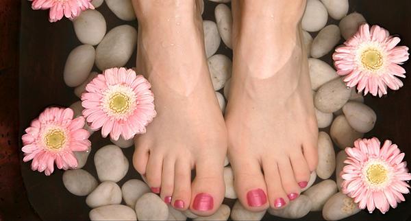 Dưỡng chân Feet Smoothing Blam