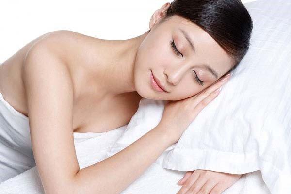 Kem dưỡng trắng da ban đêm Swissline Cell Shock White Overnight Lightening Power Cream 50 ml