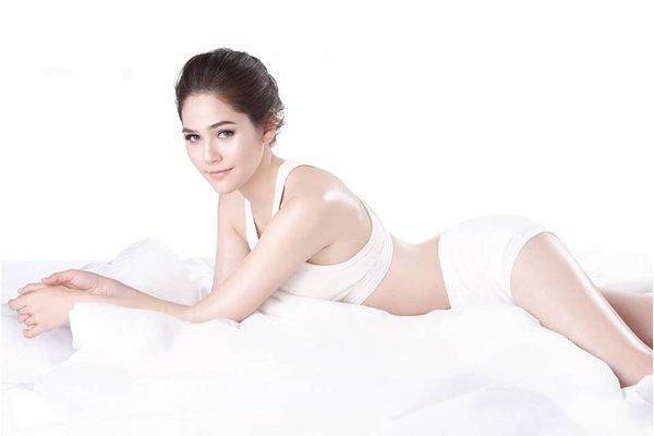 Deramlogic Body Hydrating Cream review