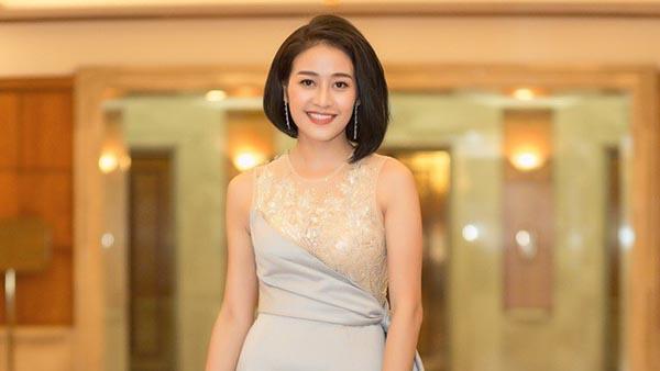 """[Góc biết tuốt] - """"Vén màn"""" bí mật phía sau sắc đẹp rạng ngời của sao Việt"""
