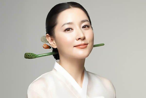 10 bước để có được làn da khỏe đẹp như quý cô Hàn Quốc hiện đại