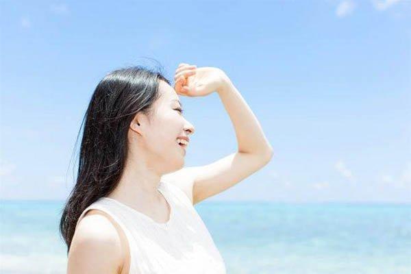 Kem chống nắng Dr.Spiller SUMMER GLOW Sun Sensitive Serum SPF 30