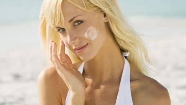 Nên bôi kem chống nắng trước hay sau kem dưỡng da