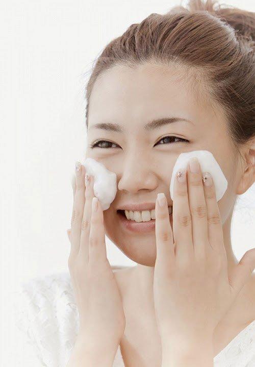Mặt nạ dưỡng ẩm sâu dạng bọt Babor Refreshing Foam Mask 75ml dành cho mọi loại da – Đức
