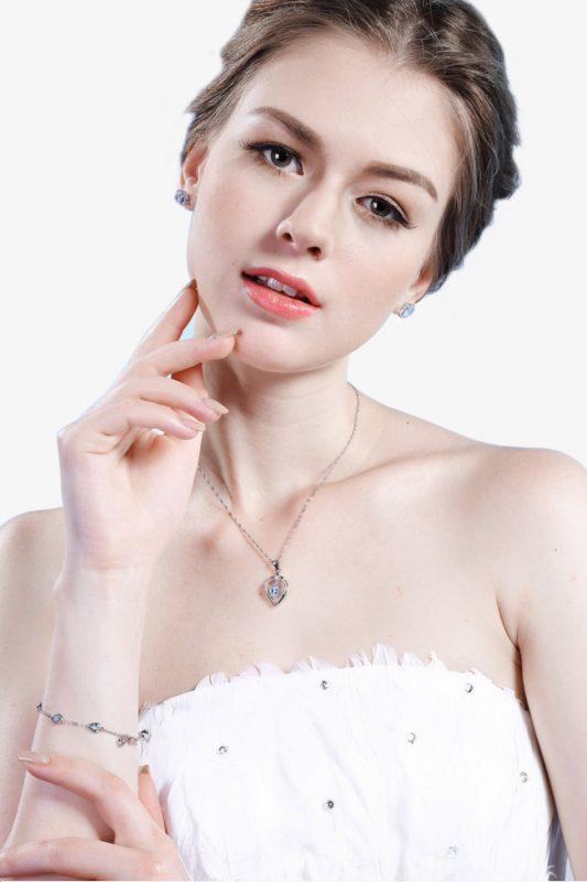 Kem dưỡng ẩm ban ngày Maria Galland Intation Beauty Fluid SPF 12 160