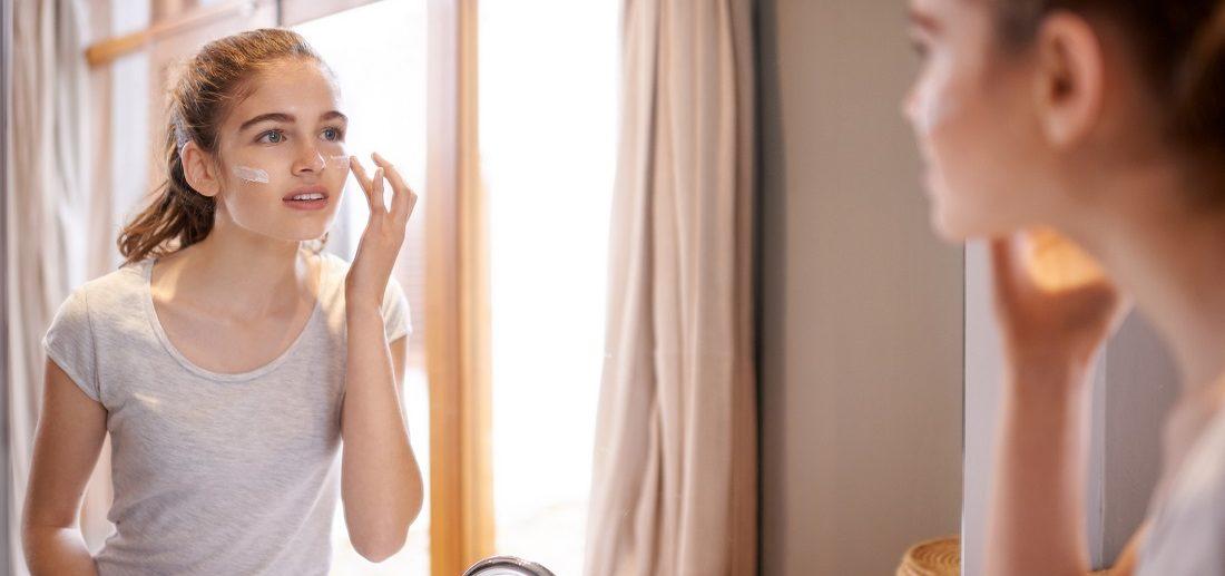 Thalgo Age Defence Sunscreen Cream SPF50+ 50ml - Kem chống nắng dành cho làn da nhạy cảm được yêu thích hàng đầu tại Pháp