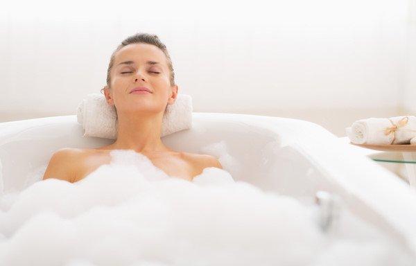 Dầu ngâm bồn thư giãn hương lavender Babor Relaxing Lavender Mint Calming Shower Oil & Bath