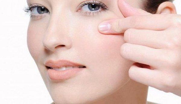 Kem chống thâm quầng, căng mịn vùng mắt Babor Skinovage SE Reactivating Eye Cream