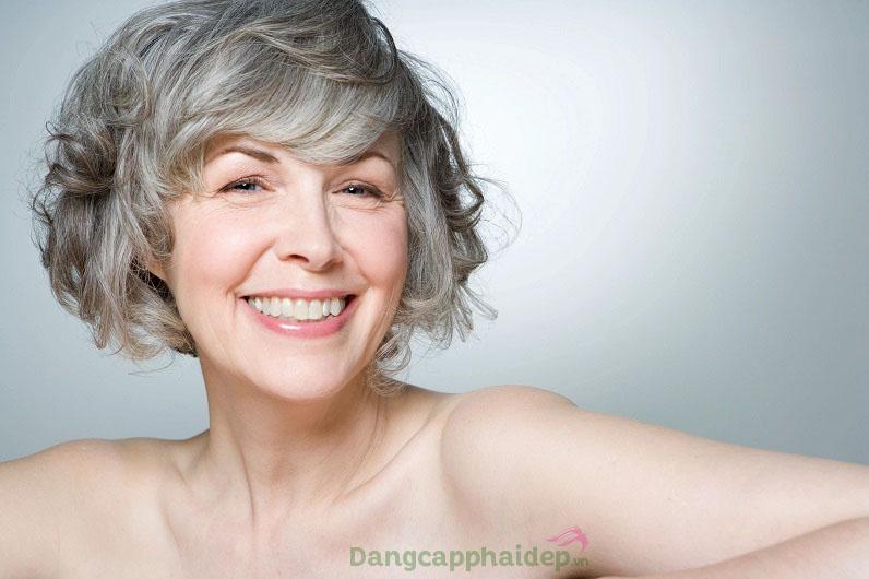 Uống collagen ở tuổi 50 duy trì da săn chắc, giữ gìn cơ thể khỏe mạnh, dẻo dai