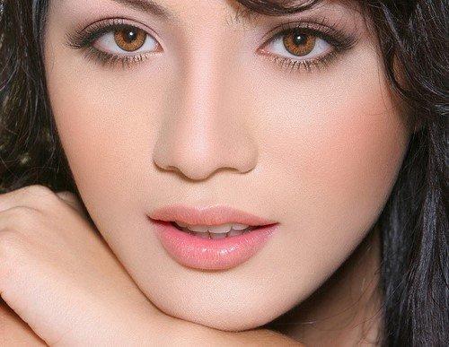Sữa ngọc trai chống lão hóa da môi Carita Progressif Pearl Of Youth For Lips Emulsion