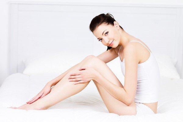 Sữa dưỡng da chống nắng toàn thân Carita Progressif Protecting And Moisturizing Sun Milk For Body SPF 20