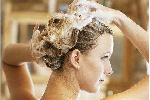 """5 bước đơn giản để có mái tóc """"siêu đẹp"""" du phố ngày đông"""