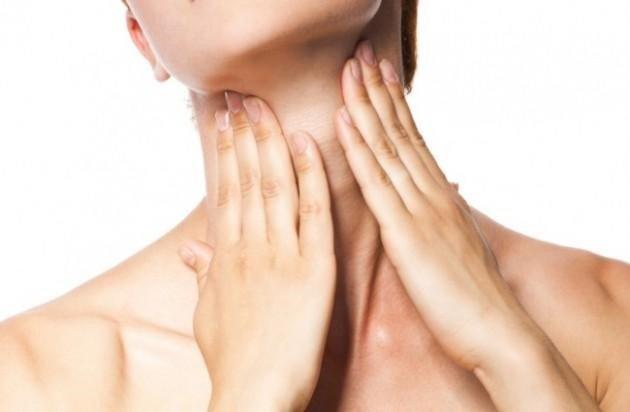 Gold Elements Décolleté Cream Treatment - Kem trẻ hóa da vùng cổ ngực