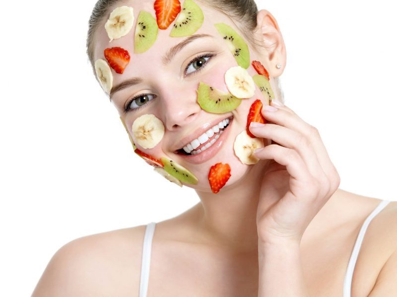 """""""Bỏ túi"""" ngay 8 công thức làm mặt nạ cho da khô trong mùa đông từ nguyên liệu thiên nhiên dễ tìm"""