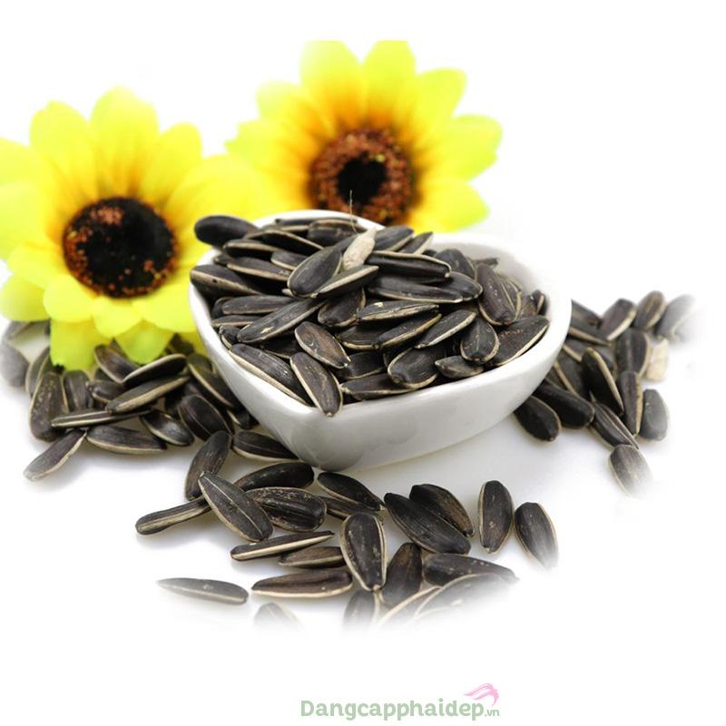 Ăn gì tốt cho tóc? Hạt hướng dương là thực phẩm giúp tóc dài nhanh