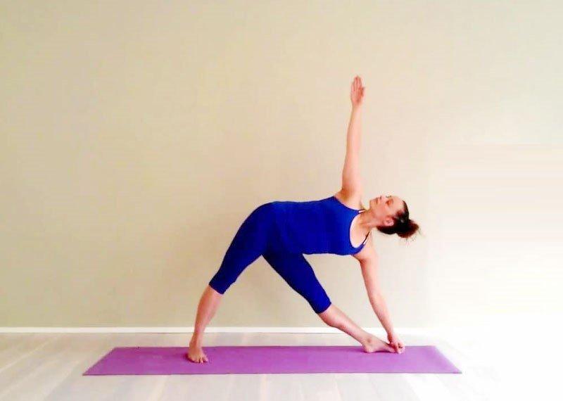 Cải thiện hệ tiêu hóa, ngăn ngừa bệnh tật nhanh chóng chỉ với vài bài tập yoga đơn giản, bạn tin không?