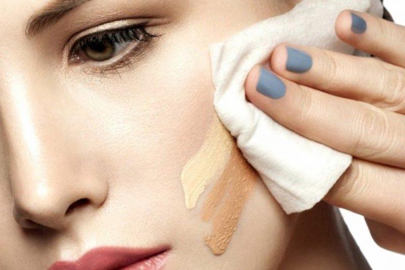 """""""Học lỏm"""" cách trị mụn ẩn hiệu quả của hội Eva để lấy lại làn da mềm mịn tươi mới"""