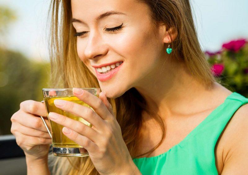 """Căng thẳng, mệt mỏi sẽ """"bốc hơi"""" tức thì chỉ với 5 loại thức uống quen thuộc này"""