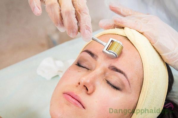 Gel lô hội giảm viêm da Dr Spiller Aloe Vera Gel đặc biệt lý tưởng dành cho da sau điều trị lăn kim, phi kim, laser