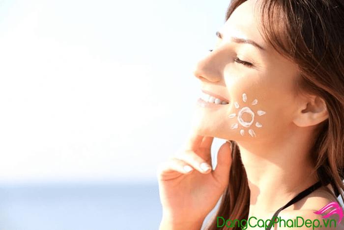 Kem chống nắng nào tốt cho da hỗn hợp?