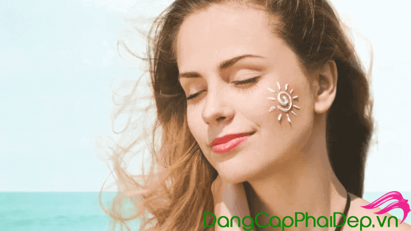 Top những loại kem chống nắng tốt giá rẻ cho da nhờn mụn tốt nhất hiện nay