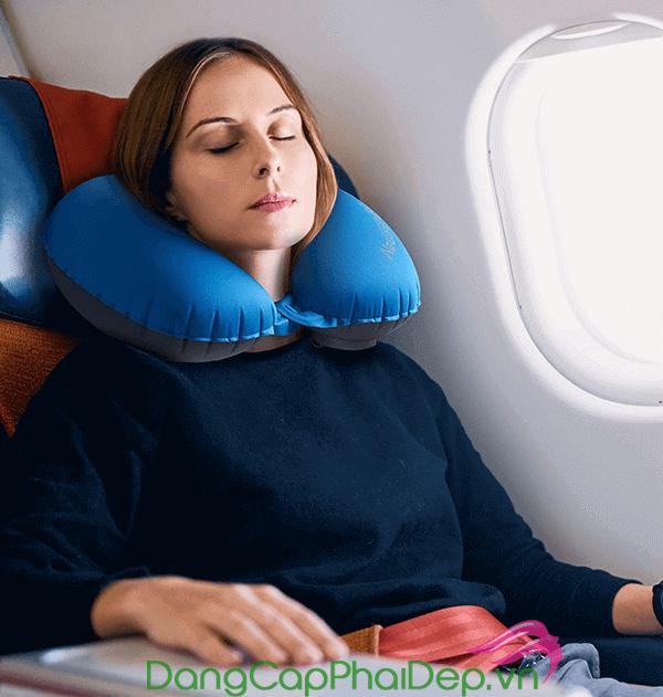 Có được mang kem chống nắng lên máy bay không