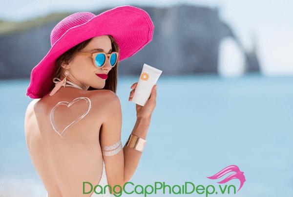 [GÓC REVIEW] - Review top 3 kem chống nắng toàn thân tốt nhất dành cho hè 2019