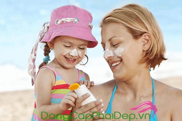 Chọn kem chống nắng phổ rộng và chỉ số chống nắng SPF phù hợp