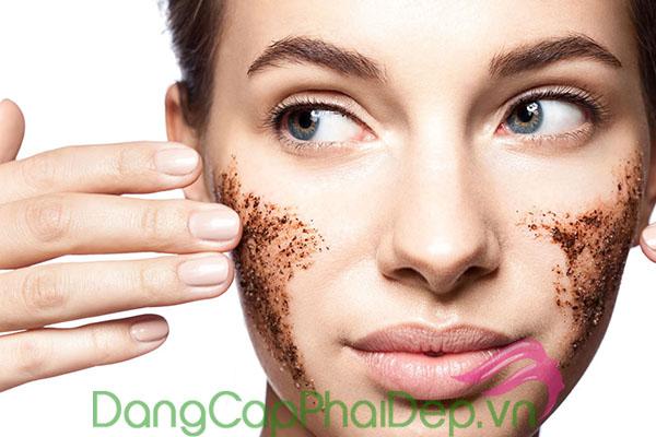 Tẩy tế bào chết cho da mặt từ 1 - 2 lần/tuần đễ giữ gìn làn da sạch thoáng, khỏe mạnh mỗi ngày