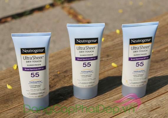 Kem Chống Nắng Neutrogena Ultra Sheer Dry Touch Sunscreen SPF 55 là một sản phẩm đã có mặt tại Việt Nam từ nhiều năm.