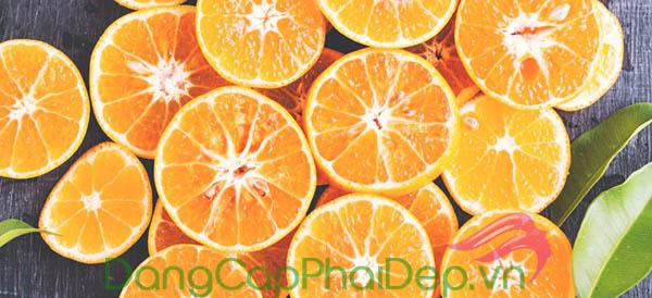 Nguồn vitamin C trong thành phần kích thích collagen sản sinh, giúp dưỡng da trắng khỏe từ sâu bên trong.