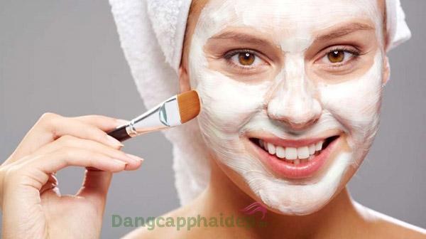 Sử dụng mặt nạ dưỡng ẩm Etre Belle SkinTherapy Moisture Mask từ 2 - 3 lần/tuần sau khi làm sạch da mặt.