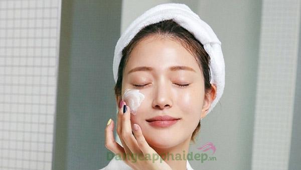 Nhẹ nhàng với làn da khi sử dụng kem dưỡng ẩm