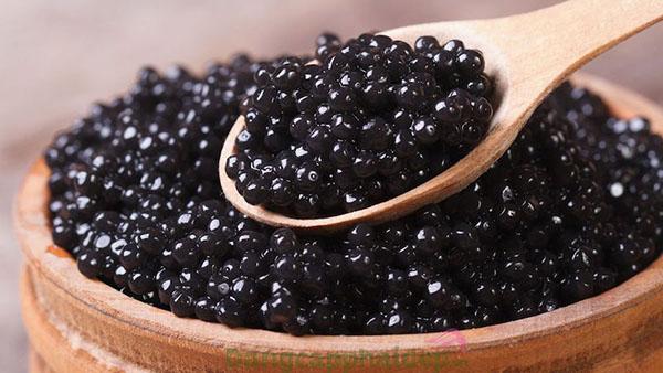 Sản phẩm có chứa thành phần chiết xuất từ trứng cá quý hiếm Caviar.