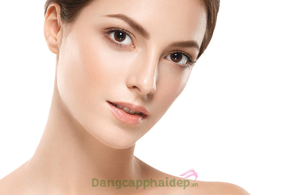 Kem dưỡng ẩm cải thiện làn da sáng hồng tự nhiên, giúp se khít lỗ chân lông...