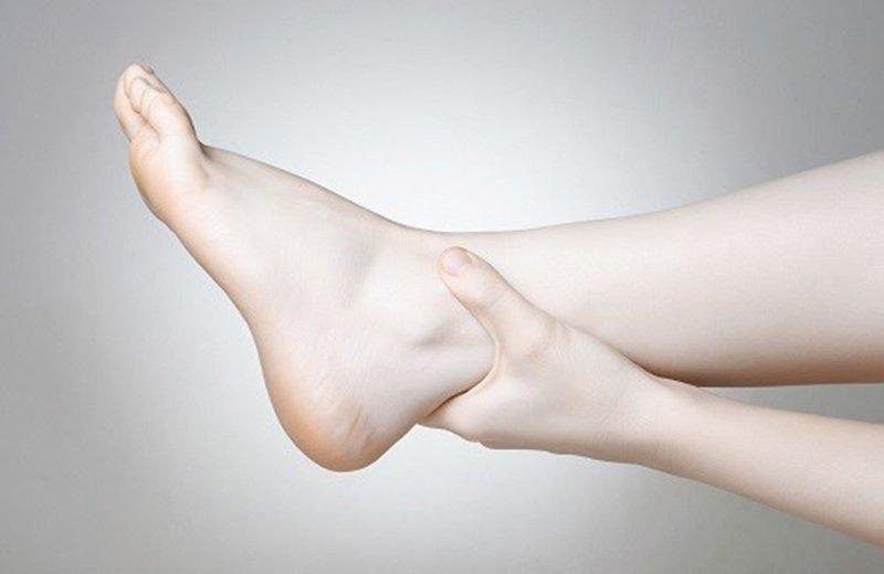 Tảo biển chứa lượng i-ốt cao, nếu dư thừa i-ốt sẽ gây phù nề tay chân.
