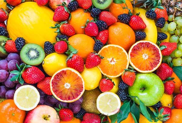 Kem được bào chế từ công thức chứa vitamin A-C-E giúp dưỡng trắng da, dưỡng ẩm và chống lão hóa da hiệu quả