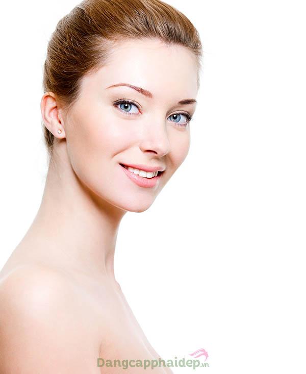 Làn da trắng sáng, căng mịn và tươi trẻ rạng rỡ chỉ sau thời gian ngắn sử dụng serum Energy Vitavel Serum SPF 10.
