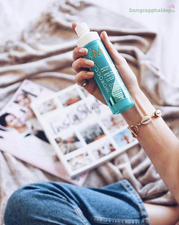 Moroccanoil Protect & Prevent Spray bảo vệ tóc nhuộm tránh tác động từ môi trường, tia UV, giữ màu tóc bền lâu.