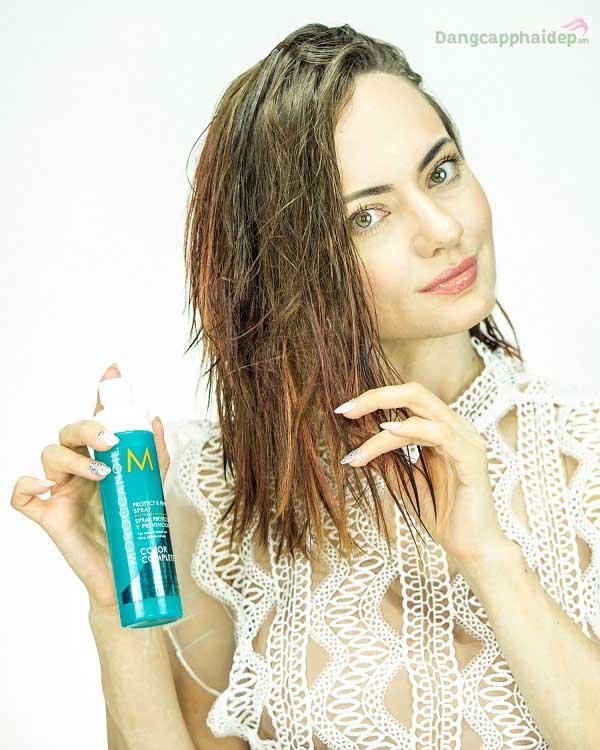 Moroccanoil Protect & Prevent Spray - bí quyết chăm sóc tóc nhuộm bền màu.