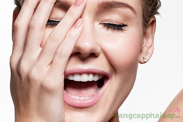 Trả lại bề mặt da dịu mát, khỏe mạnh và tươi tắn hơn khi sử dụng Swissline Force Vitale Aqua - Calm Cream