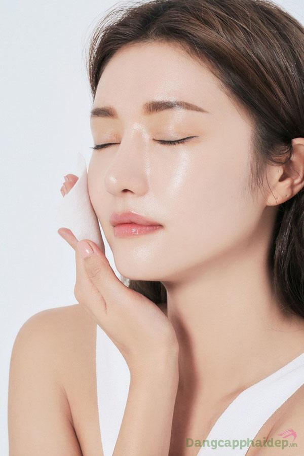 Làn da căng mướt, mịn màng tự nhiên sau khi sử dụng kem dưỡng ẩm Être Belle Hydro Pearl Normal/Dry Skin