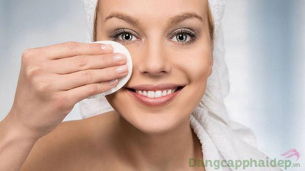Sản phẩm dành cho ai thường xuyên trang điểm, phù hợp cho da khô, da thường...