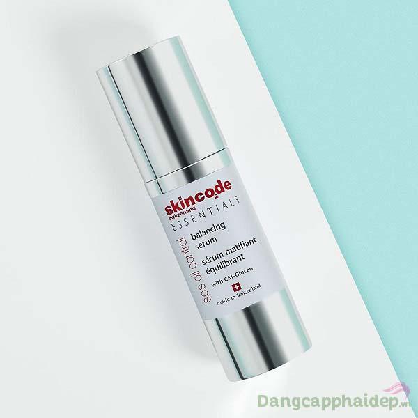 """Skincode S.O.S Oil Control Balancing Serum sẽ """"khắc phục"""" tình trạng mụn viêm nhiễm, da bóng dầu chỉ sau 1 tháng"""