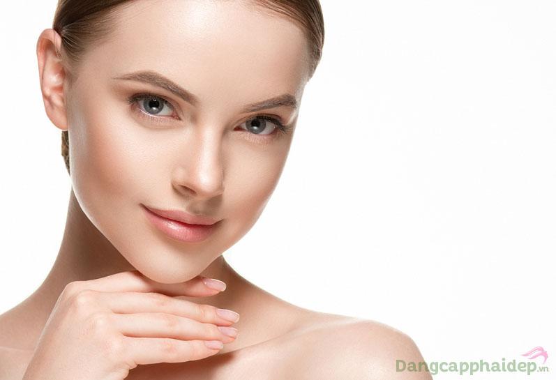 Source Booster giúp lấp đầy nếp nhăn, dưỡng da ẩm mượt, tươi trẻ như mong muốn