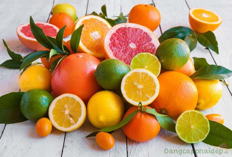 Vitamin C chống oxy hóa mạnh mẽ, bảo vệ da toàn diện trước tác động gây hại từ môi trường