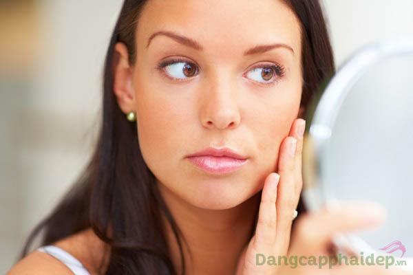 Những ai có làn da xỉn màu, da lão hóa...hãy sử dụng Booster làm trắng sáng da Radiance Booster Vitamin C 10%
