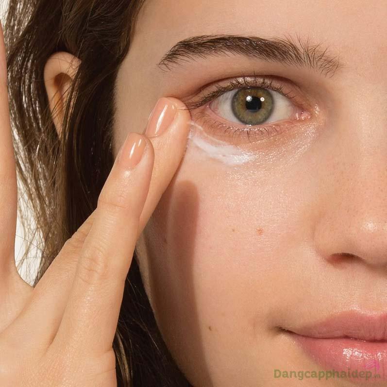 Bạn nhận rõ kết quả chỉ sau thời gian ngắn duy trì sử dụng serum dưỡng mắt đều đặn 2 lần mỗi ngày vào sáng và tối