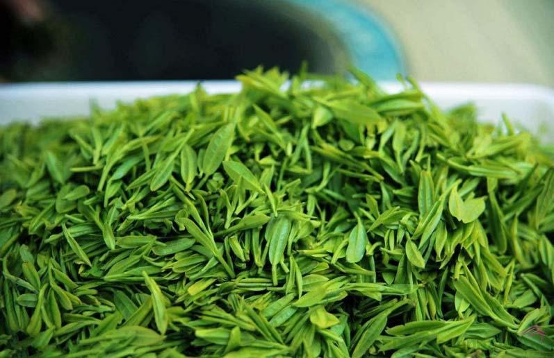 Mặt nạ chứa chiết xuất trà xanh tinh khiết